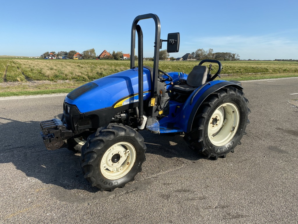 New Holland TCE50